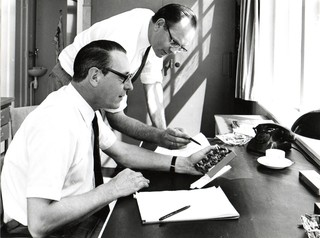 Prins and Admiraal studying radar equipment, private photo collection.